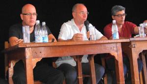 Sergio Toledo, Santiago Camba e Ildefonso de la Campa en la reunión sobre el anteproyecto de la Ley de Galleguidad.