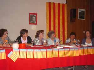 Integrantes del taller Cuentos y Encuentro durante el acto.