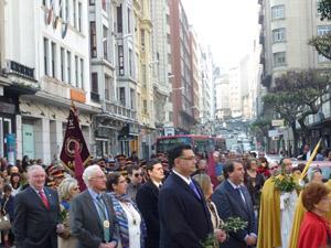 Procesión de la Borriquilla por las calles de La Coruña.