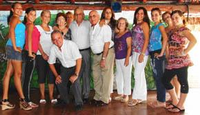Directivos de la Sociedad de Beneficencia Naturales de Andalucía.