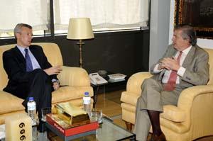 Alfonso Rueda se reunió con Méndez de Vigo en Madrid.