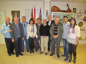 Las autoridades en la Casa de Murcia.
