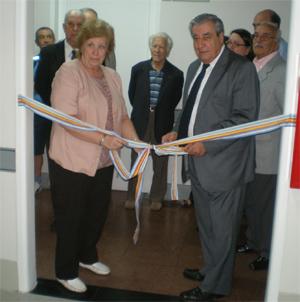 Marta Donsión, la nueva presidenta, y Carlos Vello, en la inauguración de las nuevas habitaciones del hospital en diciembre de 2011.