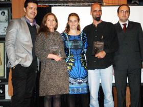 María Cano Caunedo, segunda por la izquierda, Jimena Sanclemente, Esteban Magnani y Julio Olmos.