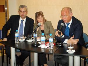 Camba destacó la importancia que tiene para la Xunta el mantenimiento de los programas socio-asistenciales.