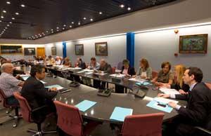 Imagen de la reunión con el consejero de Presidencia, Guillermo Martínez.