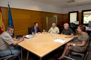 La reunión del consejero de presidencia con los centros asturianos de Buenos Aires y Rosario.