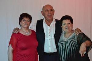 Pepe Romero, Alicia y Maricarmen ofrecieron su arte al canto.