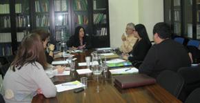 Miembros de FAER con la directora general de Servicios Sociales de la Junta de Andalucía,