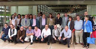 Las autoridades que acudieron al encuentro de andaluces en Euskadi.