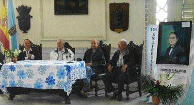Presidencia del acto de celebración del 105 aniversario del Himno Gallego.