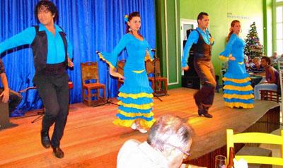 Actuación del grupo 'A mi aire'.
