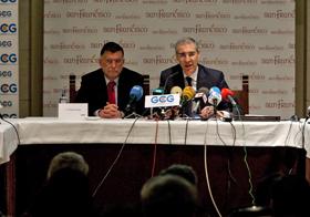 El conselleiro Francisco Conde, derecha, en la inauguración de las jornadas sobre internacionalización de la economía gallega.