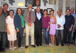 Directivos del Club Villarino de La Habana, durante la celebración de la efeméride.