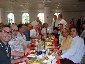 Almuerzo organizado antes del duelo entre los equipos de la colectividad española e italiana.