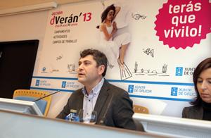 El director xeral de Xuventude, Ovidio Rodeiro, en la presentación de las actividades.
