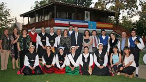 Con la Colectividad Asturiana de Santiago de Chile.