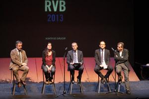 Valentín García, Belén Quintáns, Xesús Vázquez, Anxo Lorenzo y Manuel Guede, presentaron el programa para las Letras Galegas.