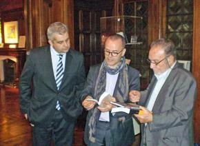 El delegado de la Xunta en Argentina, Alejandro López Dobarro, el conselleiro de Cultura, Xesús Vázquez Abad, y el presidente de la Federación de Asociaciones Gallegas, Paco Lores.
