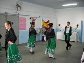 Actuación del grupo 'Encina y Jara'.