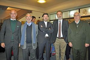 Santiago Camba, Manuel Barros, Antonio Rodríguez Miranda, Roberto Varela y Manuel Ramos, presidente de Casa de Galicia.