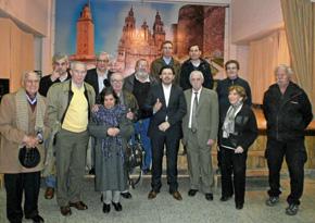 Rodríguez Miranda junto a los directivos del Centro Gallego de La Plata.