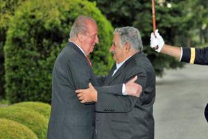 El Rey Don Juan Carlos y el presidente de Uruguay, José Mújica.