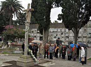 Homenaje a los emigrantes gallegos fallecidos.