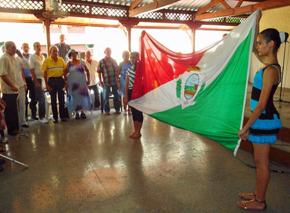 Momento en el que se interpretó el himno de La Estrada.