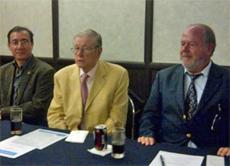 Miguel Ángel Tascón acompañado por Luis Palacio, Vicesecretario del PP de España en México y Manuel Intriago, Presidente de Hijos y Nietos de Españoles en México.