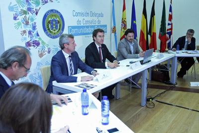 El presidente de la Xunta, Alberto Núñez Feijóo, y el vicepresidente, Alfonso Rueda, acudieron a la reunión de la Comisión Delegada.