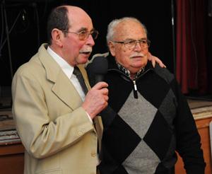 El presidente actual, José María Pérez, junto a un emocionado Horacio Díaz, presidente de honor.