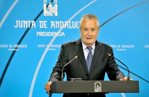 José Antonio Griñán explica los motivos de su renuncia en la rueda de prensa posterior al Consejo de Gobierno.