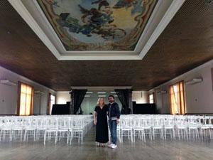 El bailaor David Morales en su visita al Centro Español y Repatriación de Santos.