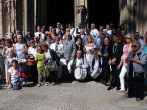 Parte de los asistentes a la celebración de la Colonia Bejarana.