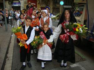 La Moza y Moza infantil del año 2013-14, Sonia Arce y Carla Rodríguez.