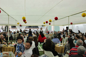 En el acto en el Centro Español no faltaron las actuaciones de los grupos de danzas regionales.