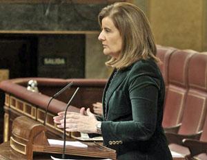 Intervención de la ministra Fátima Báñez en el Congreso.