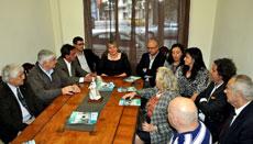 Esperanza Romariz presidió la primera reunión de directivos y simpatizantes en la nueva sede del PP en Montevideo.