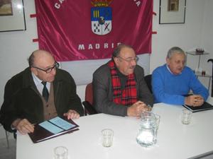 La tertulia literaria 'Patio Chico' que conduce José María García abrió los actos de la Semana Cultural.