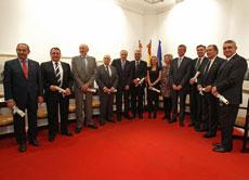 Alfonso Rueda, cuarto por la derecha, con los galardonados.