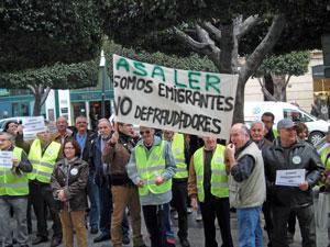 Una de las concentraciones de emigrantes retornados celebrada en Almería.