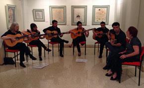 Actuación del Ensamble de Música Tradicional Española y Flamenco del Rincón Familiar Andaluz.