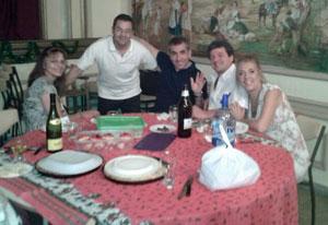 Los socios de 'El Turia' compartieron un momento de amistad y camaradería.