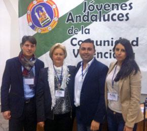 Marcos Sanchís, la presidenta de la Fecacv, Puri Torres, y los responsables de Juventud de la Federación, Javier Valverde y Rosa Mª García.