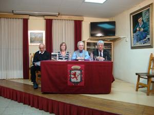 José Membivre, Tinidad Casas, Salvador Carracedo y Joaquín G. Llamazares.