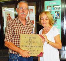 Yolanda Vidal y el delegado de España Exterior en La Habana, Manuel Barros.