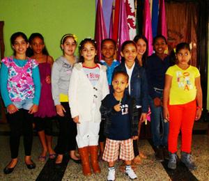 En el Festival Infantil participaron medio centenar de niños hijos de asociados.