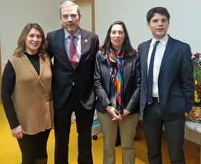 La consejera del CRE Irlanda Mayte Villanueva, el director de la Oficina de Turismo de España en Irlanda, Gonzalo Ceballos, la presidenta del CRE Irlanda, Leticia Medina, y el cónsul de España en Irlanda, Ángel Carrascal.