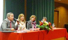 Charla sobre el empleo en Portugal celebrada en el Instituto Español Giner de los Ríos de la capital lusa.